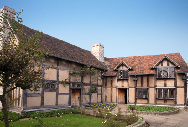 Shakespeares Birthplace Attractions Stratford Upon Avon